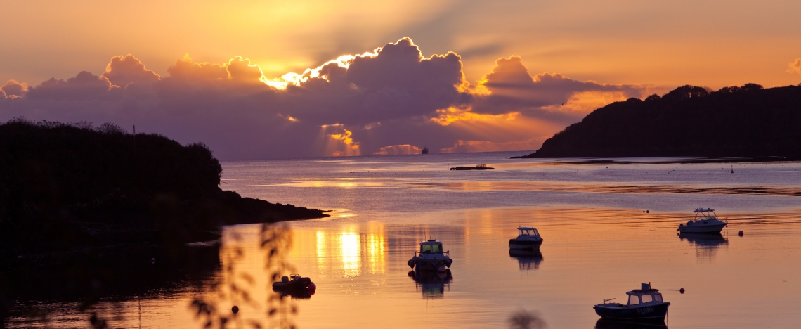 Helford-Autumn-Dawn_13102012_2228_2W-1140x468